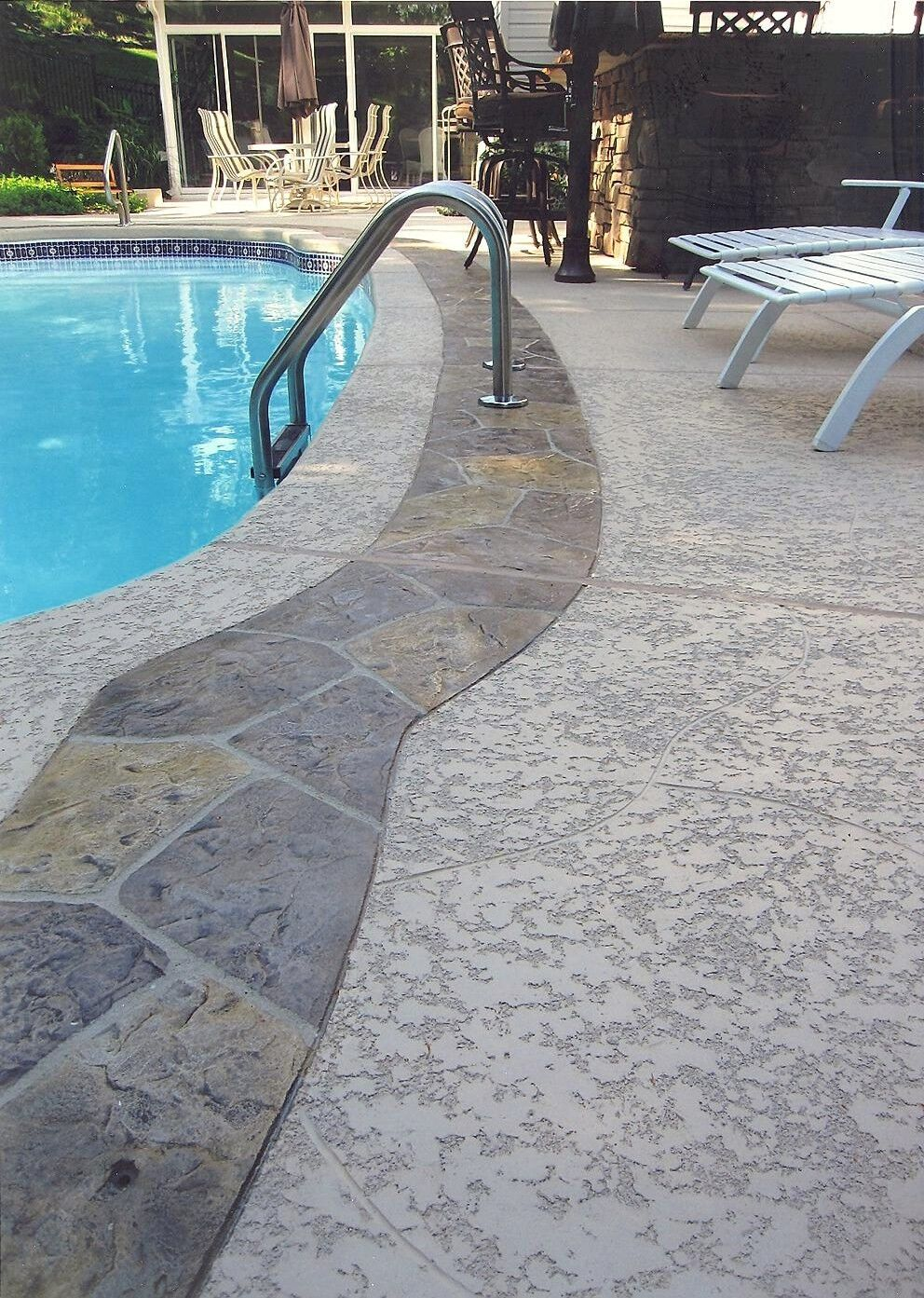 pool deck resurfacing with knockdown finish